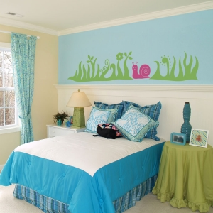 Perky Snail with Grass Wall Decal