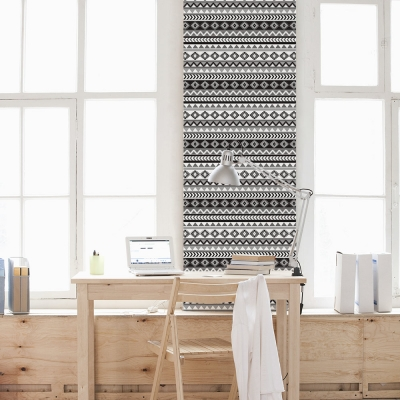 Aztec Black and White Wallpaper
